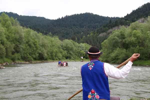 Aktywne lato na wodzie – kajaki, spływy, żaglówki...